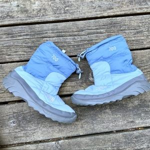 The North Face 700 Blue Down Boots size 8